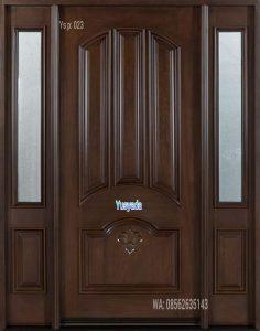 Model Pintu Panel Kayu